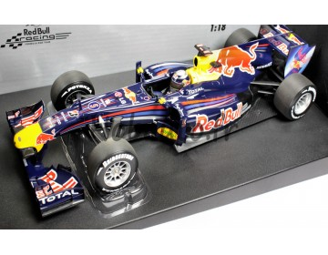 Red Bull Racing Renault RB6 - No.5 Sebastian Vettel – Champion du monde 2010